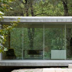 Sala envidraçada da Casa no Gerês | Graça Correia e Roberto Ragazzi | Gerês |  Luís Ferreira Alves