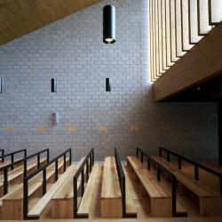 Interior da Capela Quebrantões | José Fernando Gonçalves | Vila Nova Gaia |  Alessandra Chemollo